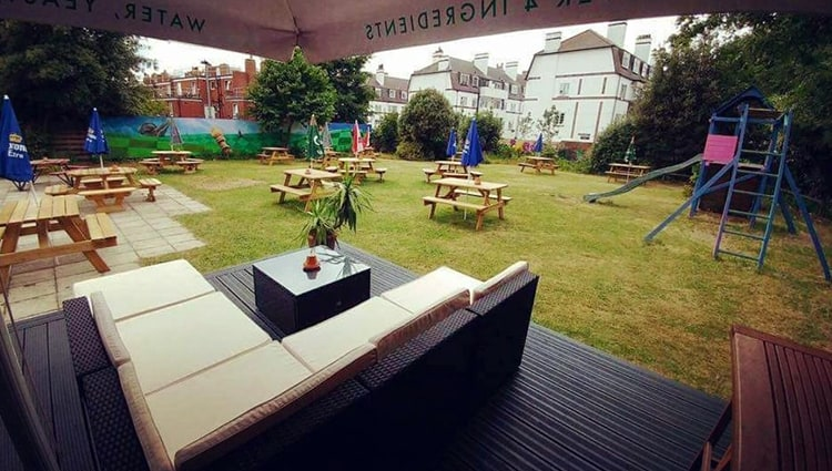 The Rabbit Hole Beer Garden in Streatham Common
